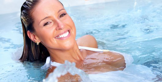 The benefits of hydrotherapy and how it works